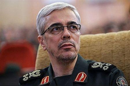 رییس ستادکل نیروهای مسلح: رهبری اجازه دهند صدها هزار بسیجیِ نظامی به سوریه اعزام میشوند