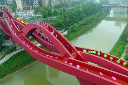 زیباترین و شگفت انگيزترين پل دنيا در کشور چین + عکس