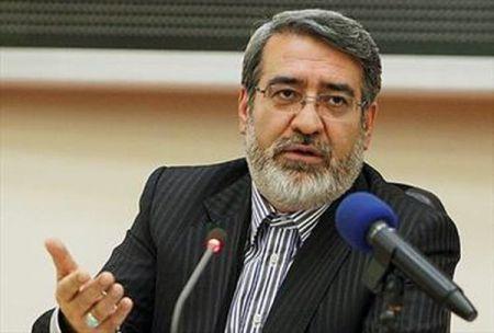 وزیر کشور: هیچ گروهی حق ندارد با رفتار و سخن بیخردانه خللی در امنیت کشور ایجاد کند
