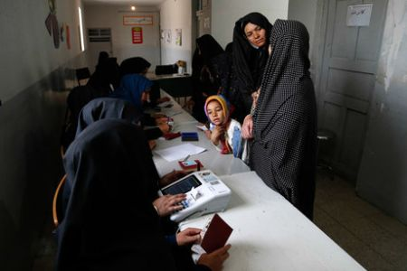 وزارت کشور میتواند انتخابات شوراها را به صورت رایانهای برگزار کند