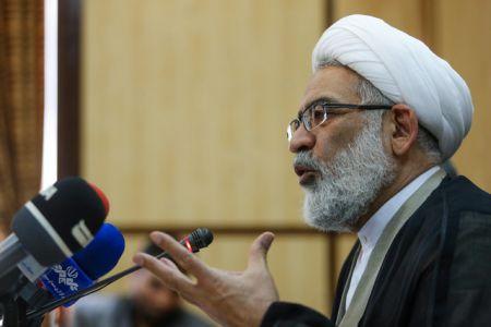 دادستان کل کشور: تا استرداد پولها، حکم اعدام زنجانی اجرا نمیشود/تنها راه بازگشت سران فتنه به ملت، توبه است