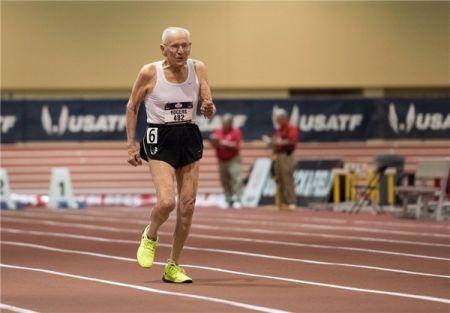 اخبار,اخبارورزشی ونتایج مسابقات,پیرمرد 99 ساله