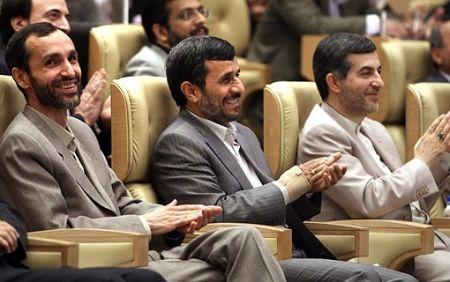 بقایی: با ملاحظه شرایط مالی و بینالمللی جدید، راه احمدینژاد را دنبال خواهم کرد