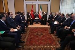 روحانی در دیدار با اردوغان: تهران با نقض تمامیت ارضی کشورهای منطقه، بویژه در سوریه و عراق مخالف است