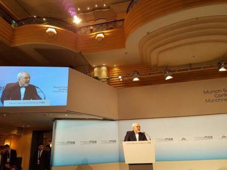ظریف: مسایل منطقهای را باید با گفتوگو حل کرد/ مذاکرات هستهای موفقیتی سیاسی برای همه بود