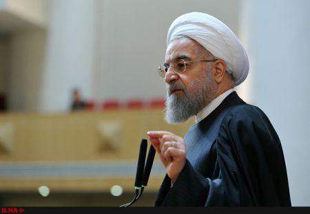 روحانی : ایجاد ناامیدی ضربه به حرکت ملی است/ دوران حضور زنان در آشپزخانه گذشته است
