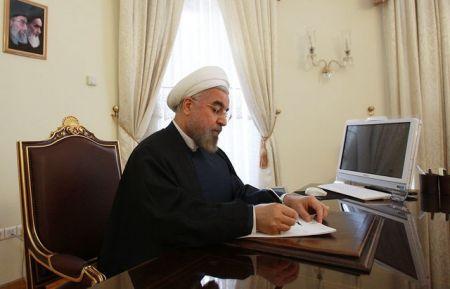 روحانی به رهبر معظم انقلاب نامه نوشت