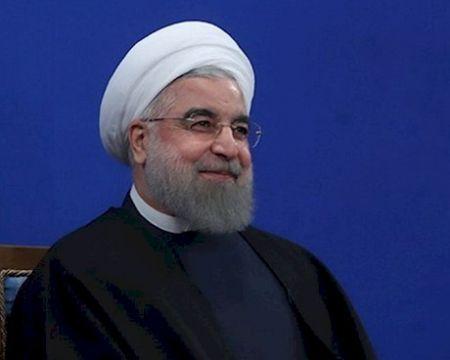 سخنان صریح روحانی در دفاع از پخش زنده مناظره انتخاباتی/ مردم محترم شمرده شوند