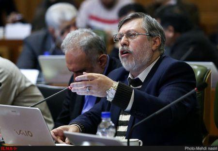 شهرداری تهران تبدیل به یک حزب سیاسی شده است/ شورای پنجم شهرداری را از سیاست دور کند