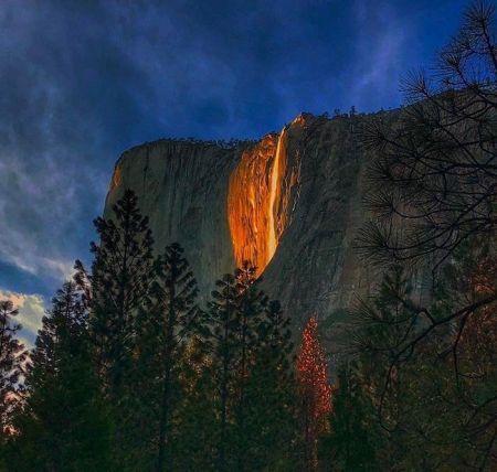 اخبارگوناگون,خبرهای گوناگون, آبشار آتش آبشار آتش در امریکا/تصاویر