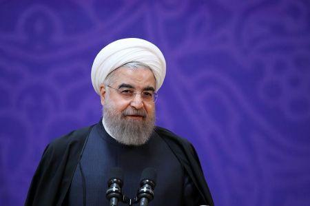 روحانی به مردم ساری: بین قاضی و وکیل انتخاب کنید /میخواهید مثل گذشته منتظر تصویب قطعنامه جدید باشید؟
