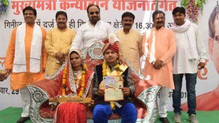 سلاح عروسهای هندی برای مقابله با دامادهای خشن/تصاویر