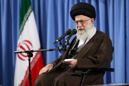رهبر معظم انقلاب: جمهوری اسلامی تسلیم سندهایی مانند سند ۲۰۳۰ یونسکو نخواهد شد