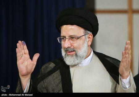 شعار تغییر رییسی با نیروهای احمدی نژاد!