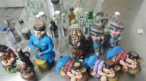 کشف مشروبات الکلی در داخل عروسک در مشهد