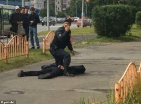 اخبارسیاسی ,خبرهای  سیاسی ,حمله یک فرد ناشناس با چاقو به مردم