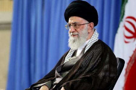رهبر معظم انقلاب : «حج» جای اظهار موضع درباره حضور شرارتآمیز آمریکا در منطقه است