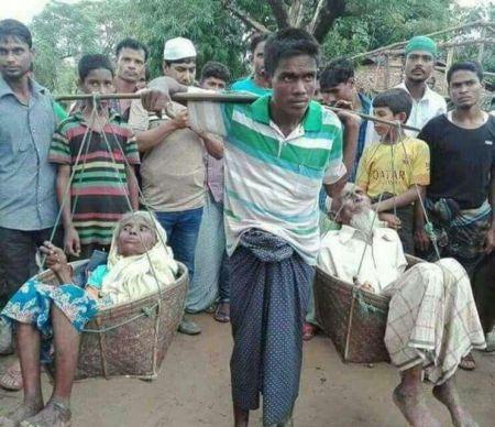 عکسی تاریخی از وفاداری جوان میانماری نسبت به پدر و مادرش 1