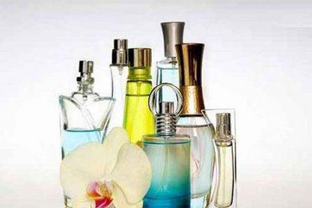 استفراغ نهنگ گرانترین ماده صنعت عطر سازی!