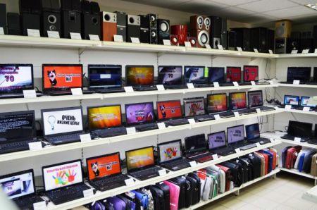 قیمت محصولات فناوری افزایش یافت/ رکود همچنان در بازار ادامه دارد