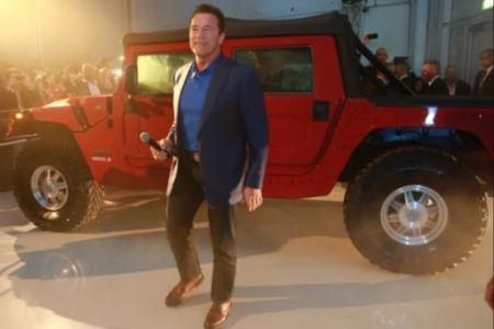 اخبار,تصاویروسایل نقلیه,آرنولد از خودروی الکتریکی جدید رونمایی کرد