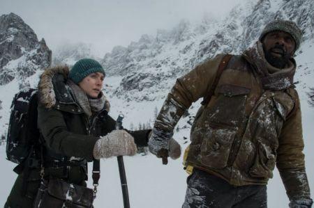 فیلم جدید کیت وینسلت اکران شد/کوهستان سرد بلای جان بازیگر هالیوود+عکس