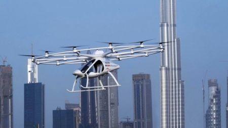 اولین پرواز آزمایشی تاکسی پرنده در دوبی