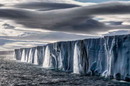 اخبار,انعکاس, زندگی میان برف و یخ در مناطق قطبی