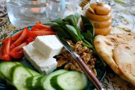 صبحانه نخوردن موجب اختلال در ساعت بدن می شود