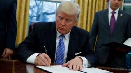 ترامپ لایحه ۷۰۰ میلیارد دلاری بودجه دفاعی آمریکا را امضا کرد