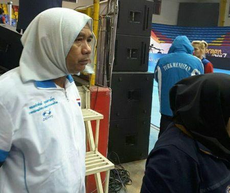 افشای پشت پرده حجاب مربی مرد تایلندی در کبدی آسیا/ پای دختر رییس فدراسیون در میان است!