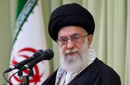رهبر انقلاب : ایران عزیز در آیندهای نه چندان دور به همه اهداف انقلاب خواهد رسید