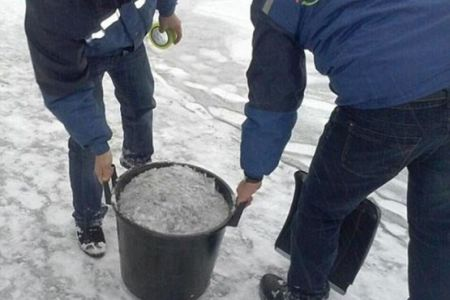 بارش برف سیاه در قزاقستان