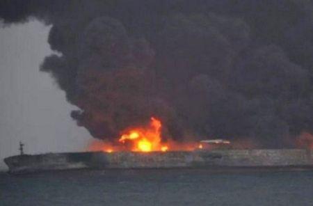 اخبارسیاسی ,خبرهای سیاسی ,آتشسوزی نفتکش ایرانی