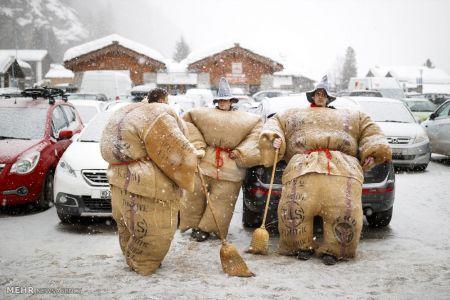 اخبار,اخبار گوناگون,کارناوال مردان پوشالی در سوئیس