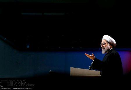 روحانی: دنیا برای کاندیداهای انتخابات فیلتر دارد؛ اما این فیلتر طبیعی و در اختیار مردم و حزب است و در یک اتاق تصمیمگیری نمیشود