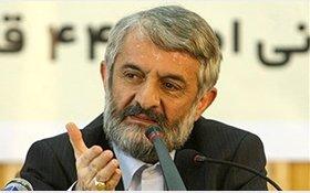عضو مجمع تشخیص مصلحت نظام: آقایانی که 2 تار مو می بینند و گلایه می کنند، انگار وضعیت حجاب در اوایل انقلاب را فراموش کرده اند
