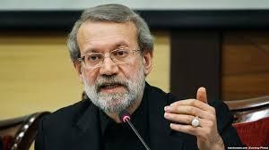 لاریجانی : شیوه کنونی انتشار اوراق درست نیست/پیگیری میکنیم