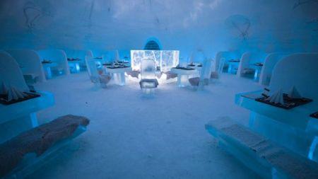 تجربه شگفتانگیز اقامت در هتل یخی در لاپلند