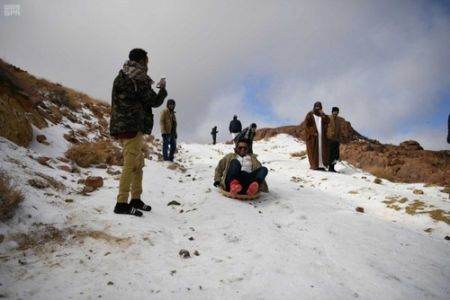 اخبار بین الملل ,خبرهای  بین الملل , برف بازی سعودی ها