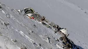احتمال زندهبودن مسافران هواپیما در کوه دنا پساز سقوط زیر صفر است/ داغدیدگان را اذیت نکنید