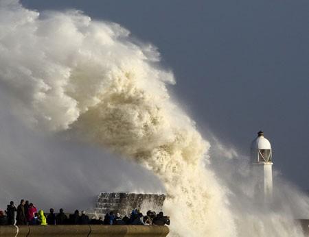 عکسهای جالب,عکسهای جذاب,امواج بزرگ دریا
