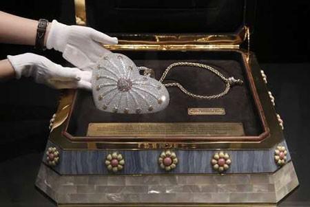 عکسهای جالب,عکسهای جذاب,گران ترین کیف پول الماس