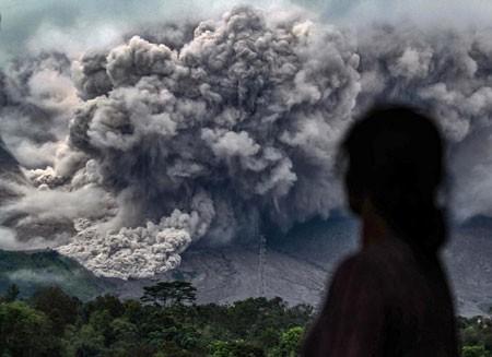 عکسهای جالب,عکسهای جذاب,فوران کوه آتشفشان