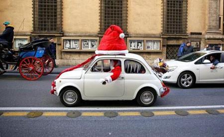 عکسهای جالب,عکسهای جذاب, تزیین کریسمسی خودرو