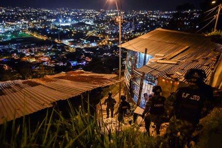 عکسهای جالب,عکسهای جذاب, نیروهای ارتش کلمبیا