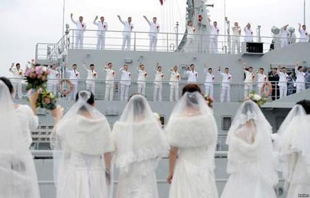 عکسهای جالب,عکسهای جذاب,ازدواج گروهی