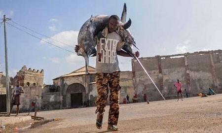 عکسهای جالب,عکسهای جذاب,صیاد سومالیایی