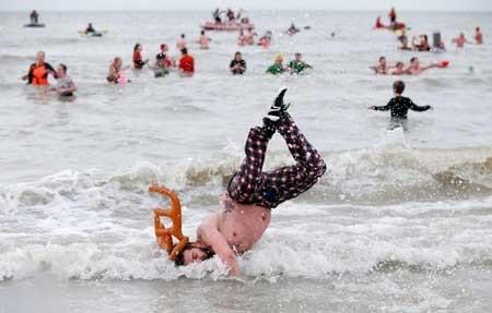 عکسهای جالب,عکسهای جذاب,مراسم شنا