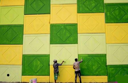 عکسهای جالب,عکسهای جذاب, رنگ کردن یک دیوار
